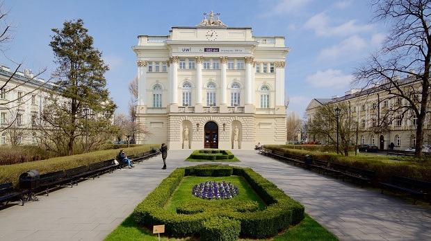 بورسیه دکتری در لهستان