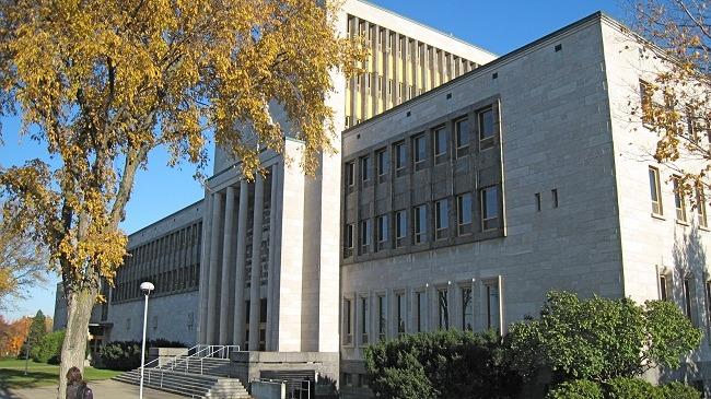 بورسیه دانشگاه لاوال کانادا