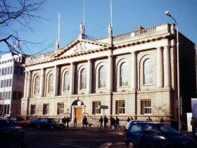 بورسیه کالج ایرلند