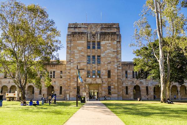 بورسیه دانشگاه فناوری کوئینزلند