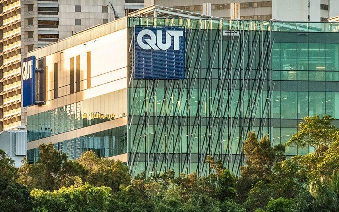 بورسیه دانشگاه صنعتی کوئینزلند